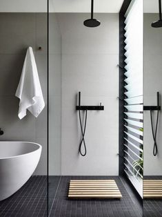 Best Ideas How To Creating Minimalist Bathroom 30