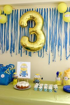 Diy Minion Geburtstagsfeierdekorationen Source by Diy Minion Birthday Party, Minion Party Theme, Despicable Me Party, 4th Birthday Parties, Birthday Party Decorations, Boy Birthday, Third Birthday, Birthday Ideas, First Birthdays
