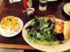 east wburg / eastwick / Mac and cheese and turkey burger w/ arugula salad