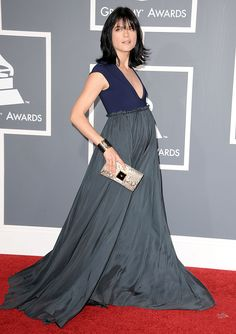 Selma Blair knows how to embrace her bump.