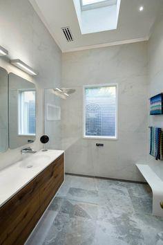 Hawthorn East Bathroom | Corian