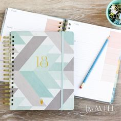 #LoveMyIWP I love my inkwell press planner because of the weekly layout and because of Tonya´s dedication to the product and her attention to detail