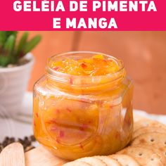 Geléia de Pimenta e Manga Pepper and mango jam that is super sweet and spicy, and of course it is super easy to make. Apple Recipes For Canning, Jam Recipes, Pumpkin Recipes, Ginger Ale, Organic Recipes, Mexican Food Recipes, Holiday Party Appetizers, Aperol, Fall Dinner Recipes