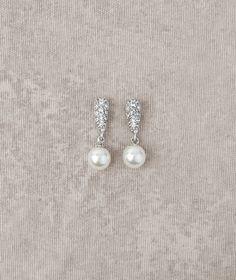 Pronovias präsentiert Ihnen die Ohrringe PT-2569 für die Braut | Pronovias | Pronovias