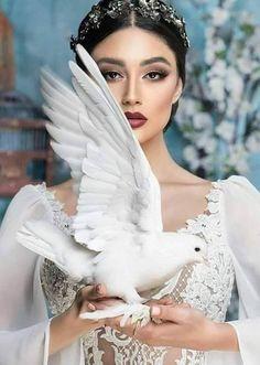 Portrait Photo, Photo Art, Hand Photography, Gibson Girl, Beauty Lounge, Iranian Art, Fantasy Costumes, Glamour, Light Of Life