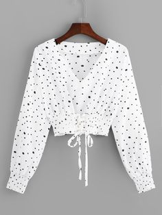 Casual Polka Dot Top Regular Fit V neck Long Sleeve Pullovers White Crop Length Polka Dot Drawstring V-Neck Blouse – Hijab Fashion 2020 Girls Fashion Clothes, Teen Fashion Outfits, Hijab Fashion, Hipster Fashion, Trendy Fashion, Hijab Stile, Jugend Mode Outfits, New Blouse Designs, Fancy Tops