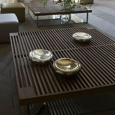 outdoor table/bench