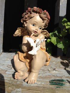 Welkom op the old rose brocante de webwinkel voor al uw woonaccessoires en sfeervolle tips! Painting Cement, Cement Art, Sword Drawing, Angel Drawing, Angel Garden Statues, Sacred Garden, Angel Artwork, Angel Sculpture, Ganesha Painting