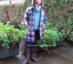 De costuras y otras cosas: CAPUCHA DE QUITA Y PON Girls Cape, Girl Dress Patterns, Plaid Scarf, Baby Dolls, Lany, Girls Dresses, Couture, Sewing, Tops