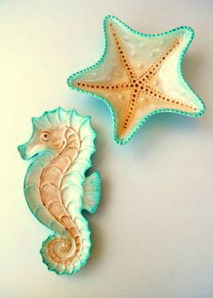 Decorative Ceramic Sea Star Starfish Bowl and Sea Horse Dish Set Beach Cottage Home Decor - LOVE Love LOVE these!
