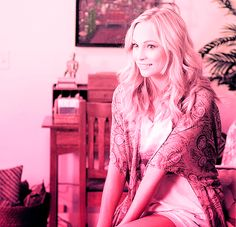 britcroft:    Candice Accola in Dating rules from my future self.