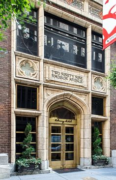Library Hotel - 299 Madison Avenue - Hill & Stout, architects. 1913. (by Ken Grant)