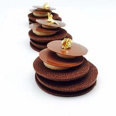 Cocoa sable , Flexi chocolate ganache, coffee Whipped ganache for my last hands on class @sweetobsessionbkk Bangkok #valrhona #bachourinbangkok #bachour   by Pastry Chef Antonio Bachour
