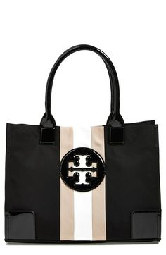 Tory Burch has done it again! The best carry-all tote I've ever had. @Tory Burch #toryburch #nylontote