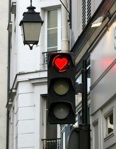 Um alerta para o amor...Seja para onde for e como for...