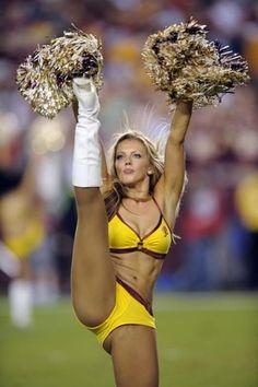 Washington redskins cheerleader