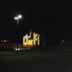 La Porte Duplessis qu'elle est belle illuminée la nuit ! #troisrivieres by marie_biron