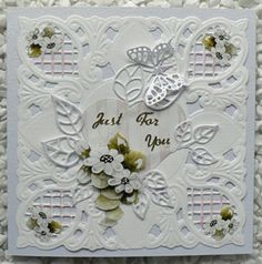 This is just stunning, made by Sharon Blaxter for Cardmaking Online