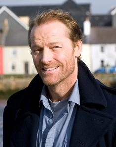 This tumblr features the brilliant actor Iain Glen and his many talents and many faces. Also featured will be the movie/TV/stage productions he's been in and the talented people he's worked with. I hope you enjoy your stay.