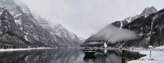 Lago di Klöntal  Foto di Salvatore Canu