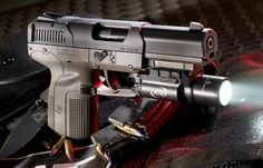 Top 8 Pistols of SPECIAL WEAPONS FOR MILITARY & POLICE in 2014
