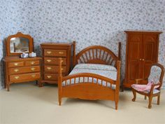 Dolls House Bedroom from The Wonham Collection. SS47.