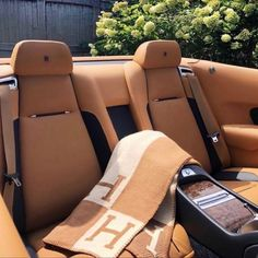Hermes Blanket, Lux Cars, Old Money, Luxe Life, Future Car, Rolls Royce, Dream Life, Luxury Lifestyle, Cars Motorcycles