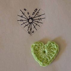 Little heart chart Crochet Bookmark Pattern, Crochet Jewelry Patterns, Crochet Hair Accessories, Crochet Bookmarks, Crochet Flower Patterns, Crochet Diagram, Crochet Chart, Crochet Motif, Diy Crochet