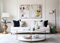 https://laurelberninteriors.com/2017/06/04/mixing-modern-and-traditional-furniture/?utm_source=Laurel-Home Blog