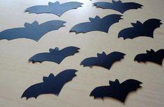 Halloween Bat Silhouette (Size big) - Pipistrello di Halloween (grande) by DropsofBrightness on Etsy Halloween Bats, Halloween Decorations, Bat Silhouette, The Darkest, Glow, Handmade Gifts, Etsy, Vintage, Big