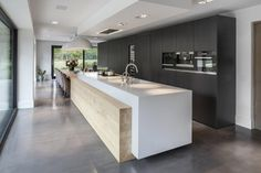 190 Exciting and Inspiring Modern Contemporary Kitchens - Page 30 of 195 Farmhouse Style Kitchen, Modern Farmhouse Kitchens, Home Decor Kitchen, Rustic Kitchen, Contemporary Kitchens, Modern Contemporary, Diy Kitchen, Kitchen Ideas, Awesome Kitchen