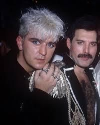 Romantic's Steve Strange with Freddie Freddie Mercury Quotes, Leigh Bowery, Blitz Kids, Stranger Things Steve, Queen Photos, Greatest Rock Bands, New Romantics, Queen Band, David Bowie