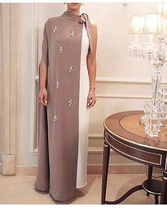 Likes, 5 Comments - ⠀⠀⠀⠀⠀⠀⠀⠀Faith & Haifa Lz™ Abaya Designs, Abaya Mode, Mode Hijab, African Fashion Dresses, African Dress, Modest Fashion, Fashion Outfits, Arabic Dress, Arab Fashion