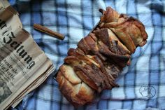 Cinnamon Pull Apart Bread, Kawaii, This Or That Questions, Kitchen, Recipes, Food, Cuisine, Meal, Eten