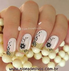 Love the dream catcher Más Fancy Nails, Love Nails, Pink Nails, Pretty Nails, My Nails, Dream Catcher Nails, Dream Catchers, Manicure E Pedicure, Fabulous Nails