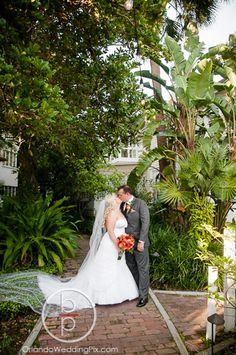 Courtyard at Lake Lucerne Weddings | Brian Pepper and Associates - Orlando Wedding Photographers | Professional Photographer Brian Pepper & Team