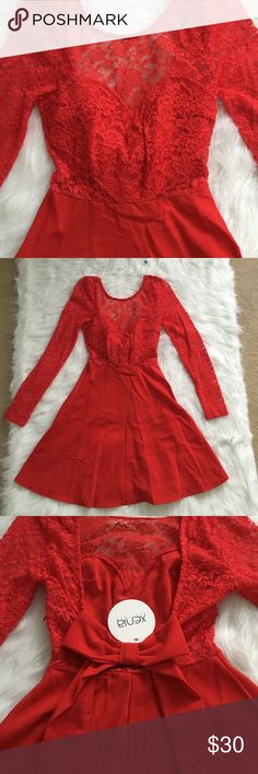 Boutique Dress Make an offer!❤️ I love this dress so much! I got it from a super cute boutique and it just ended up being a little too small. It has a scooped back and a bow! It's a size 6 but it fits smaller, more like a size 2. Brand new with tags! Xenia Dresses