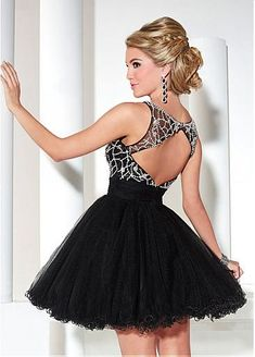 Brilliant Tulle Bateau Neckline A-Line Homecoming Dresses with Beadings