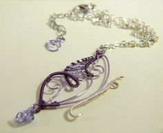 Collana con Farfalla in rame Viola e Lilla  Necklace with a