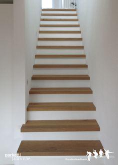 Kundenfeedback aus Uttwil in der Schweiz. Treppenkantenprofile aus Parkett WILDBRETT 1-Stab Landhausdiele Asteiche gebürstet angeräuchert gekalkt geölt #wood #parkett #holzboden #woodflooring #stairs