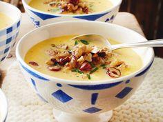 Unser beliebtes Rezept für Käsesuppe mit Nuss-Crunch und mehr als 55.000 weitere kostenlose Rezepte auf LECKER.de.