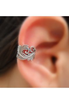loving earcuffs right now