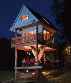 Someday I will build a treehouse like this in my backyard. :)