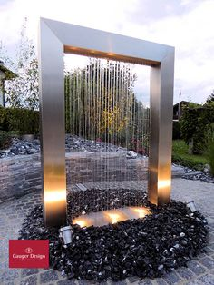 Outdoor Feature Wall Design Backyards New Ideas Pool Water Features, Outdoor Water Features, Water Features In The Garden, Water Fountain Design, Modern Fountain, Outdoor Wall Fountains, Garden Water Fountains, Modern Water Feature, Backyard Water Feature
