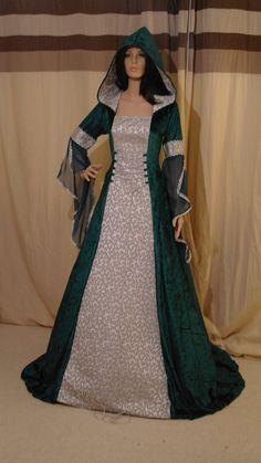 robe de mariage médiévale renaissance mariage personnalisé fait
