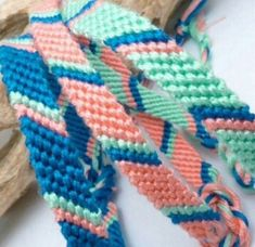 Friendship bracelet set of 3 candy stripe green, blue, pink Floss Bracelets, Diy Bracelets Easy, Summer Bracelets, Bracelet Crafts, Cute Bracelets, Ankle Bracelets, String Bracelets, Bracelet Set, Bracelet Making