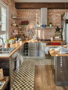 50 Best Kitchen Cabinets Design Ideas To Inspiring Your Kitchen 33 kitchen Best Kitchen Cabinets, Kitchen Cabinet Design, Kitchen Tiles, Kitchen Flooring, Interior Design Kitchen, Kitchen Furniture, New Kitchen, Kitchen Dining, Kitchen Wood