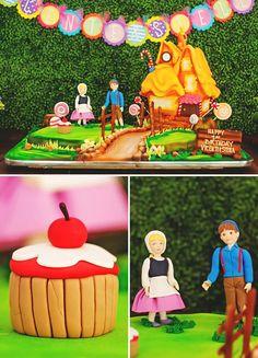 hansel and gretal gingerbread house cake