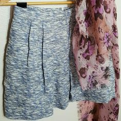 """Zara Tweed Skirt Such a classic skirt! Tweed A-line skirt with pleats in the front. Zips in the back. Fully lined. Side pockets. It's in EUC. Wear with tights and boots this fall!  Was $18.  52% cotton 25% polyester  23% linen  14.5"""" waist 18.5"""" hips 16.5"""" length Zara Skirts"""