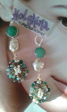 "Orecchini ""verdacqua"" perle, radice di giada e swarovski www.facebook.com/HolghinaCreazioni"